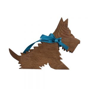 wooden scotty dog